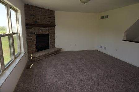 441 Champlain Dr.,Morse Farms Highland,Johnson Creek,Wisconsin,United States 53038,4 Bedrooms Bedrooms,2.5 BathroomsBathrooms,Home,Champlain Dr.,1182