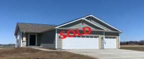 1364 Tower Hill Pass, Park Crest, Whitewater, Wisconsin, United States 53190, 3 Bedrooms Bedrooms, ,2 BathroomsBathrooms,Home,Sold,Tower Hill Pass,1,1211